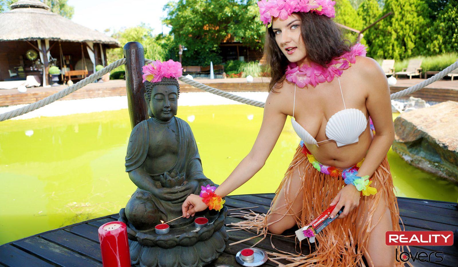 The Island Nymph Francesca DiCaprio