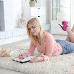 Masha Studying Her Biology vr porn