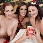 I Brought A Special Present For Xmas! Cindy Shine, Antonia Sainz, Elena Vega