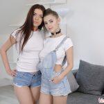 Eva Elfie & Emily Mayers VRPorn