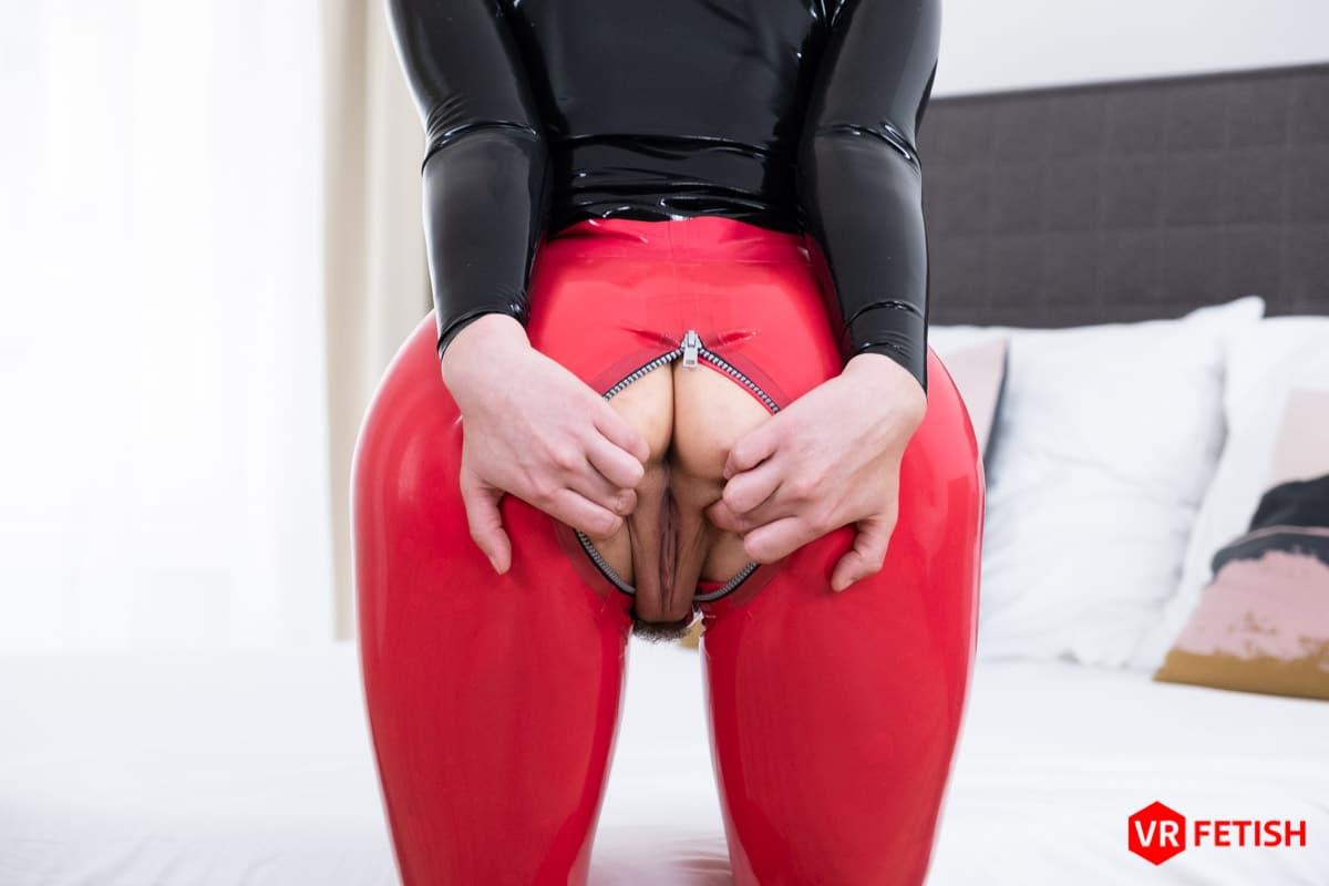 Emylia Argan VRPorn