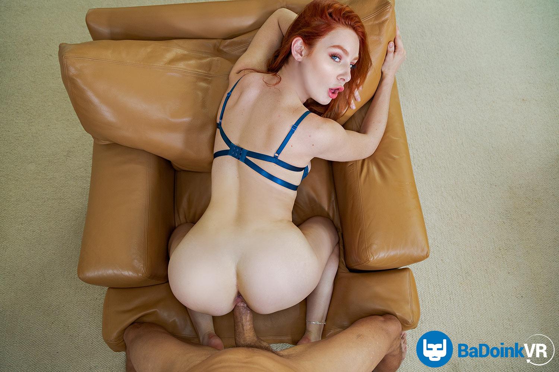 Lacy Lennon VRPorn