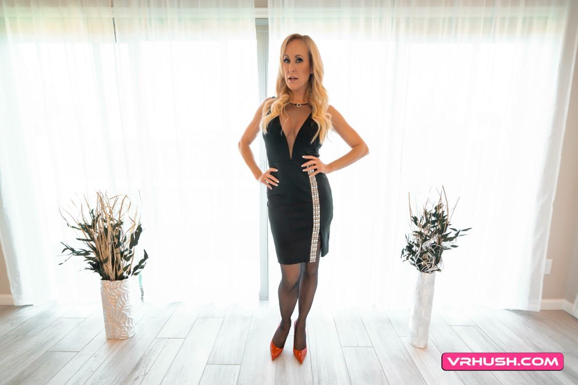 Brandi Love VRPorn