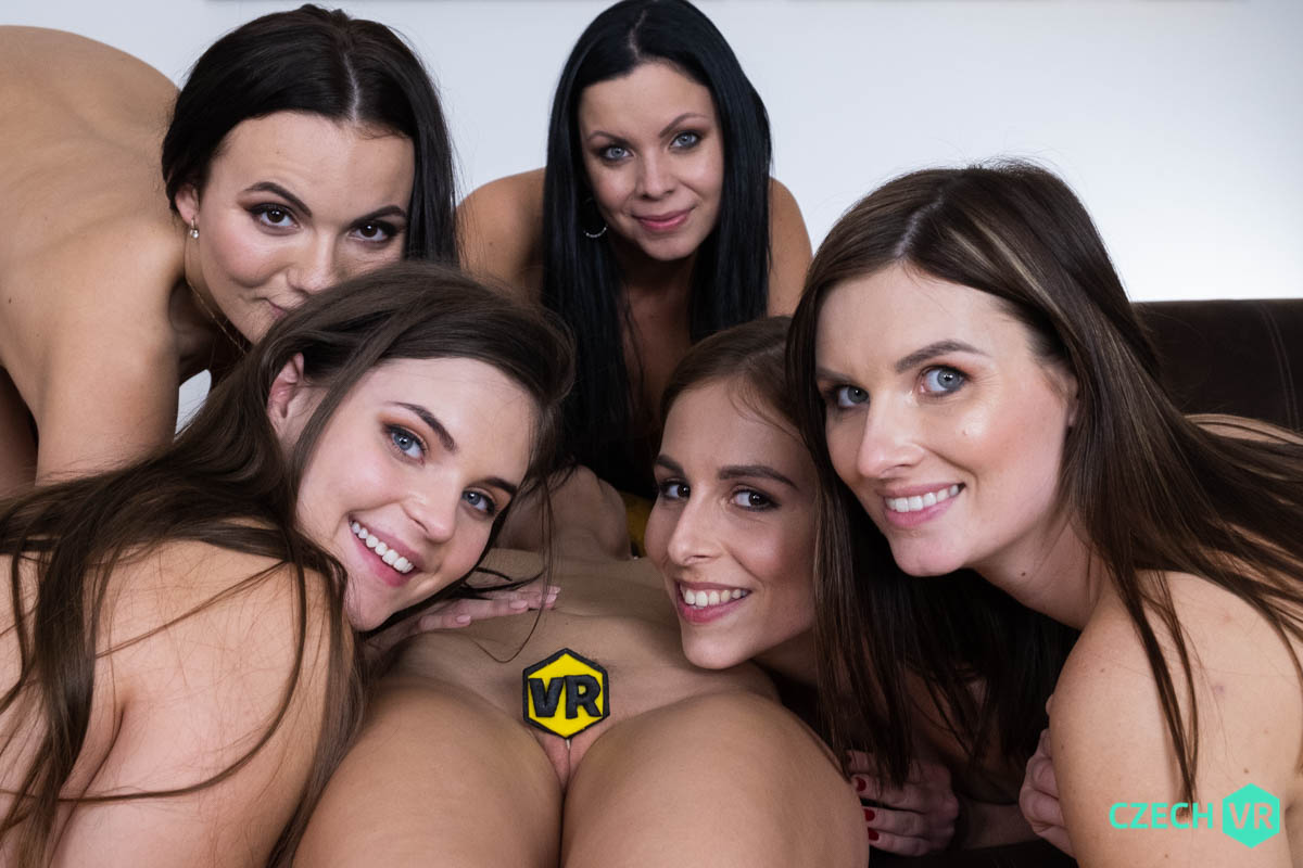 Antonia Sainz & Jenifer Jane & Julia Parker & Leanne Lace & Taylee Wood & Vanessa Decker VRPorn