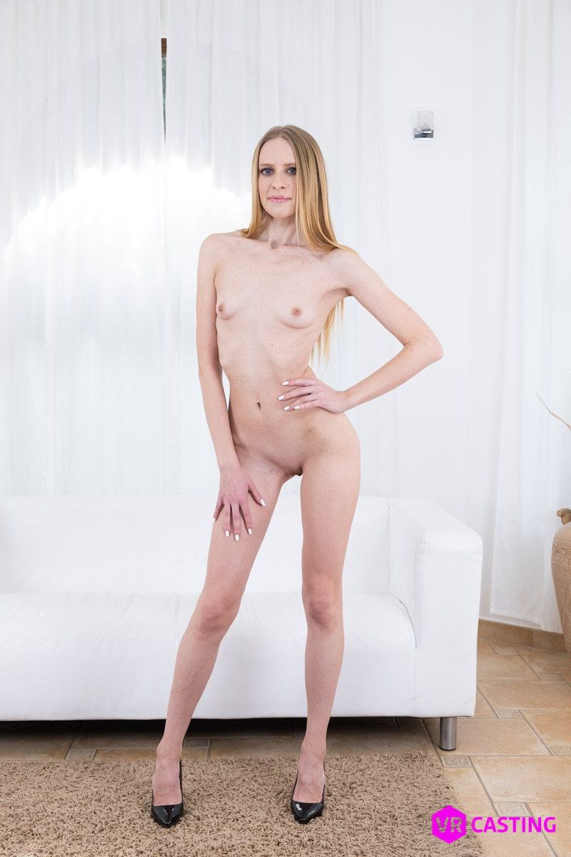 Nikki Riddle VRPorn