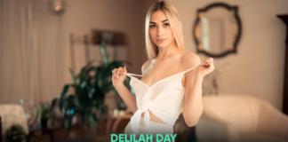 VR Porn Delilah Day